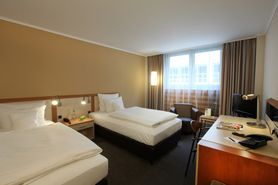Business Class Twin | Lindner Hotel Dom Residence - Koeln