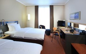 Business Class twin  | Lindner Hotel BayArena - Leverkusen