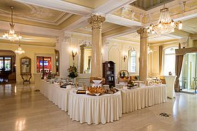 Lobby Kaffeepause  | Lindner Grand Hotel Beau Rivage - Interlaken/Schweiz