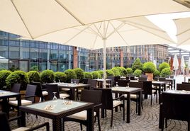 Terrace New Brick  | Lindner Hotel & Residence Main Plaza - Frankfurt