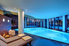 Wellness Pool | Lindner Hotel & Residence Main Plaza - Frankfurt