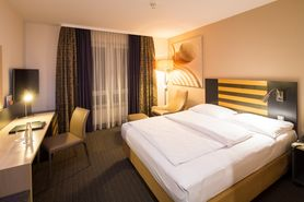 Business Class King Size  | Lindner Congress Hotel Frankfurt