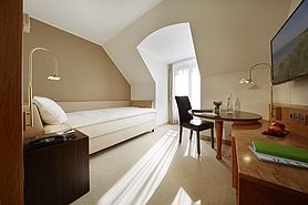 Economy class single room | Lindner Hotel Airport - Duesseldorf