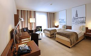 First Class Twin | Lindner Hotel Am Michel - Hamburg