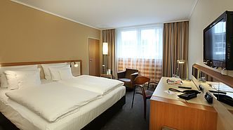 Business Class King Size | Lindner Hotel Dom Residence - Koeln