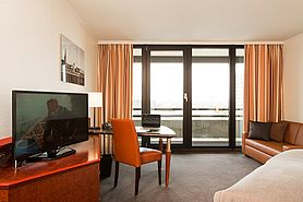 First Class Doppelzimmer | Lindner Congress Hotel - Duesseldorf